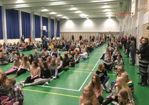 """400 yläkoululaista teki pyrähdyksen työelämään Joensuu Racessa – """"Tästä tehdään jokavuotinen juttu!"""""""